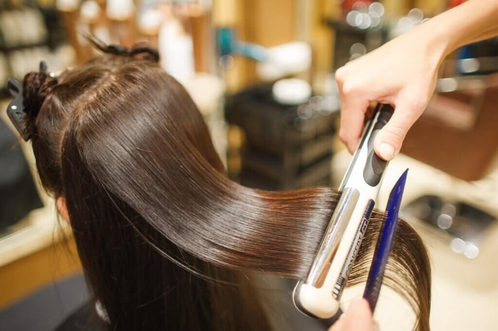 бизнес на кератиновом выпрямлении волос